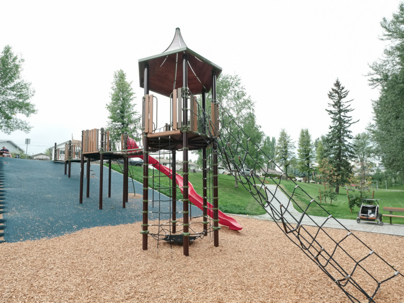 playground-equipment3